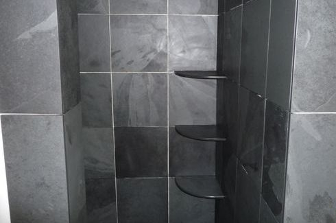 Triple shower shelves