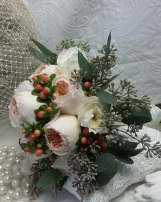 Bouquet with David Austin Juliet and Patience garden roses