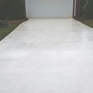 Like new driveway and seal