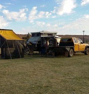 Crew Cav Ausbox Canopy James Baroud Offroad Tent