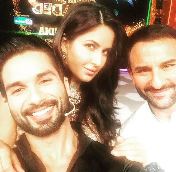 KATRINA KAIF WITH SHAID KAPOOR AND SAIF ALI KHAN ON THE SETS OF #JHALAKHRELOADED TO PROMOTE #PHANTOM!