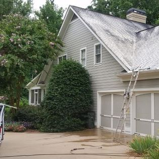 Residential Soft-Roof Cleaning