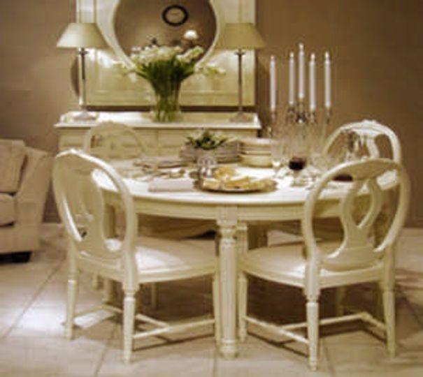 móvel laqueção mesa e cadeiras