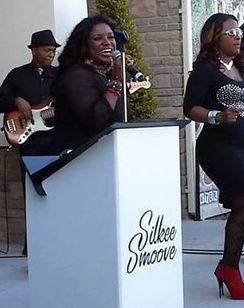Silkee Smoove doing Motown