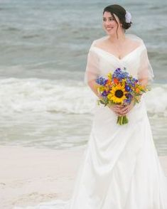 beach wedding, rustic bridal bouquet