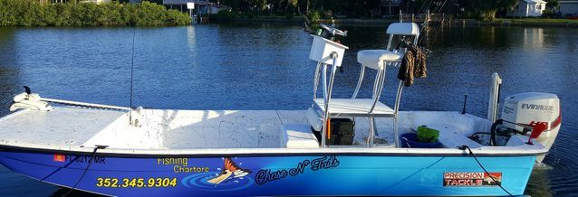Customized 24 foot Carolina skiff inshore and nearshore charters