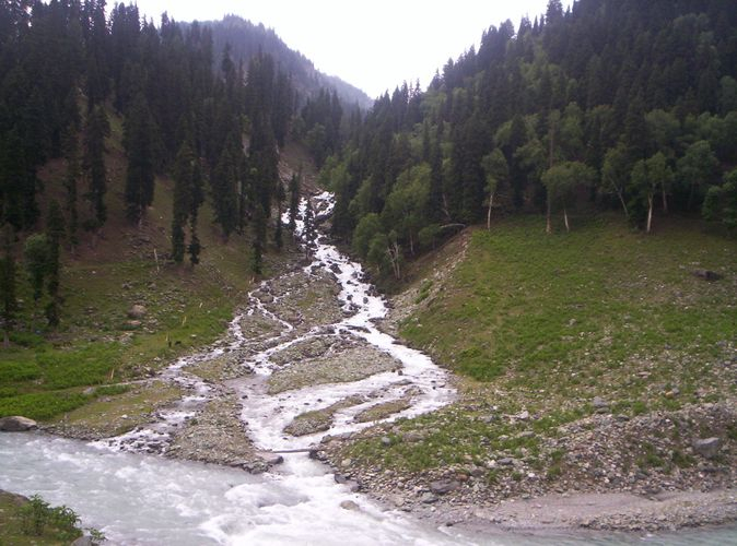 Kashmir Packages Starting @ Rs 4500