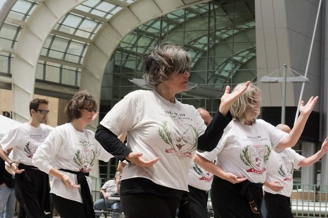 Group Tai Chi to Improve Balance and Leg Strength