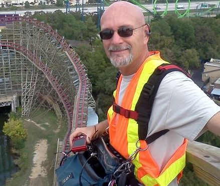 Insane Coaster Wars for Discovery 150ft up on the Texas Giant