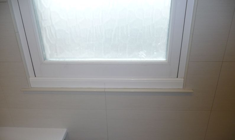 Porcelain window sill