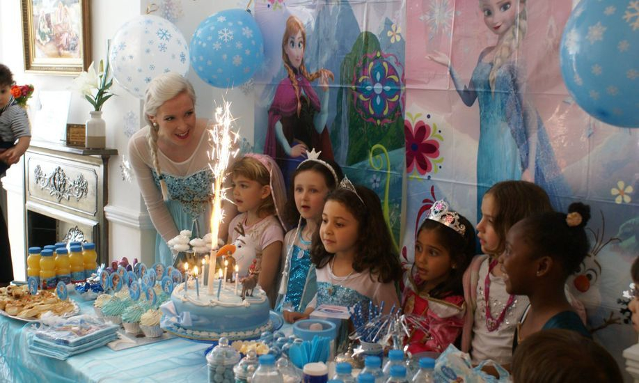 Elsa and Anna Princess Party Entertainer