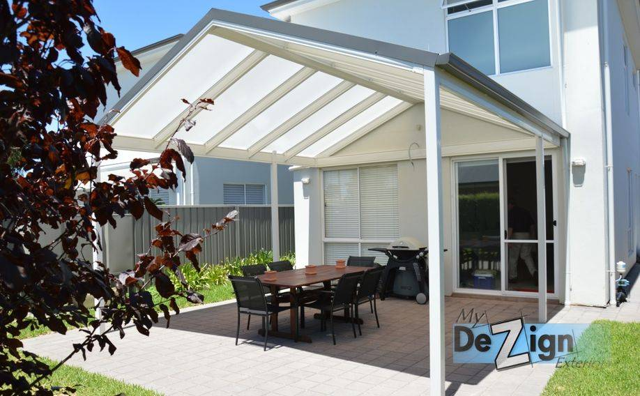 LYSAGHT Living Collection using twin wall polycarbonate roofing