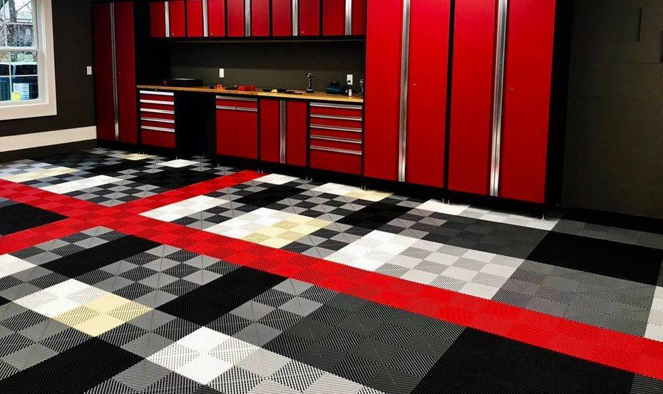 CUSTOM RED BLACK SWISS TRAX GARAGE FLOOR
